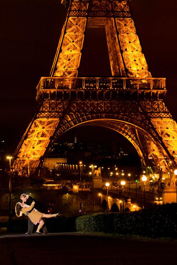 Paris Engagement Photographer